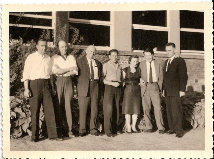 0060 : COMBLAIN-LA-TOUR – 1964 – Les pionniers : Pan Jan ; ( ? ) ; ( ? ) ; ( ? ) ; ( ? ) ; Mr Joseph Rzemieniewski ; ( ? )