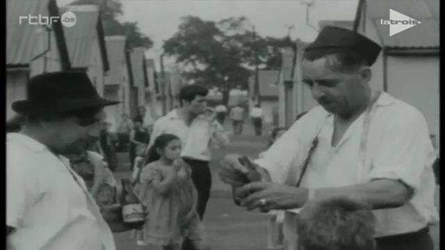 0062 : BORINAGE – dans les années 1950 – Extrait du film de Paul Meyer : « Déjà s'envole la fleur maigre » : Pan Jan