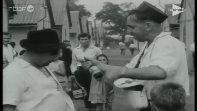 0063 : BORINAGE – dans les années 1950 – Extrait du film de Paul Meyer : « Déjà s'envole la fleur maigre » : Pan Jan