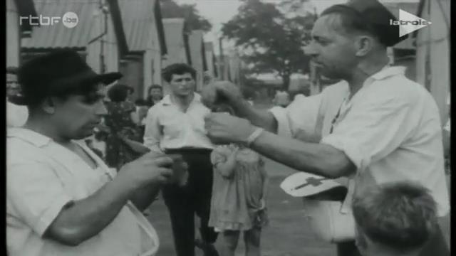 0064 : BORINAGE – dans les années 1950 – Extrait du film de Paul Meyer : « Déjà s'envole la fleur maigre » : Pan Jan
