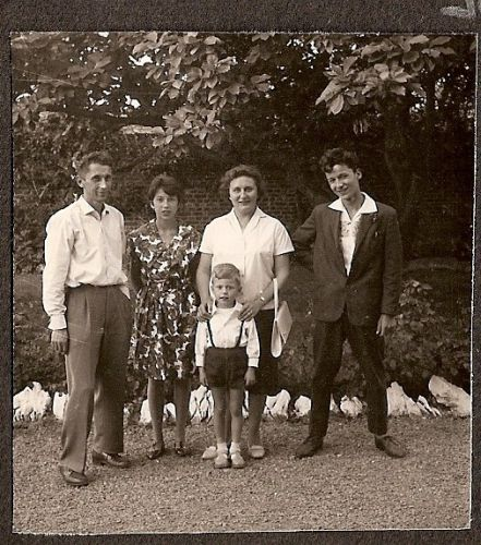0069 - COMBLAIN-LA-TOUR : la famille Bardo
