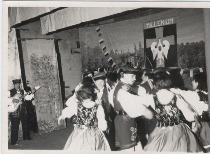 1942_KSMP_Chatelineau